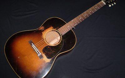 1947 – 51 Gibson LG2  –  £2799