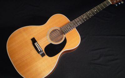 2012 Martin 000-28  –  £2099