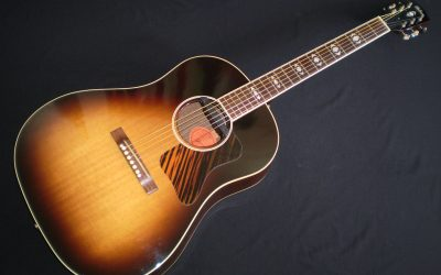 2006 Gibson Advanced Jumbo  –  £2199
