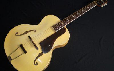 1944 Epiphone Blackstone  –  £1499